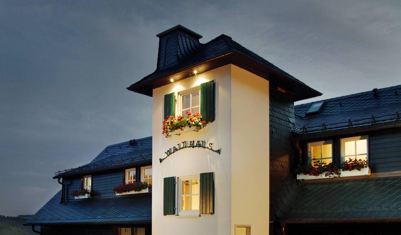 Goede Hotelbroschüre Wellnesshotel Sauerland - Waldhaus Ohlenbach OO-02