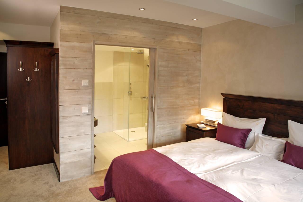 Hotelzimmer suiten im wellnesshotel sauerland waldhaus for Zimmer hotel